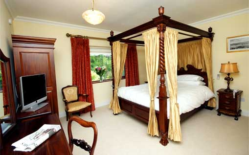 One of our luxurious bedrooms